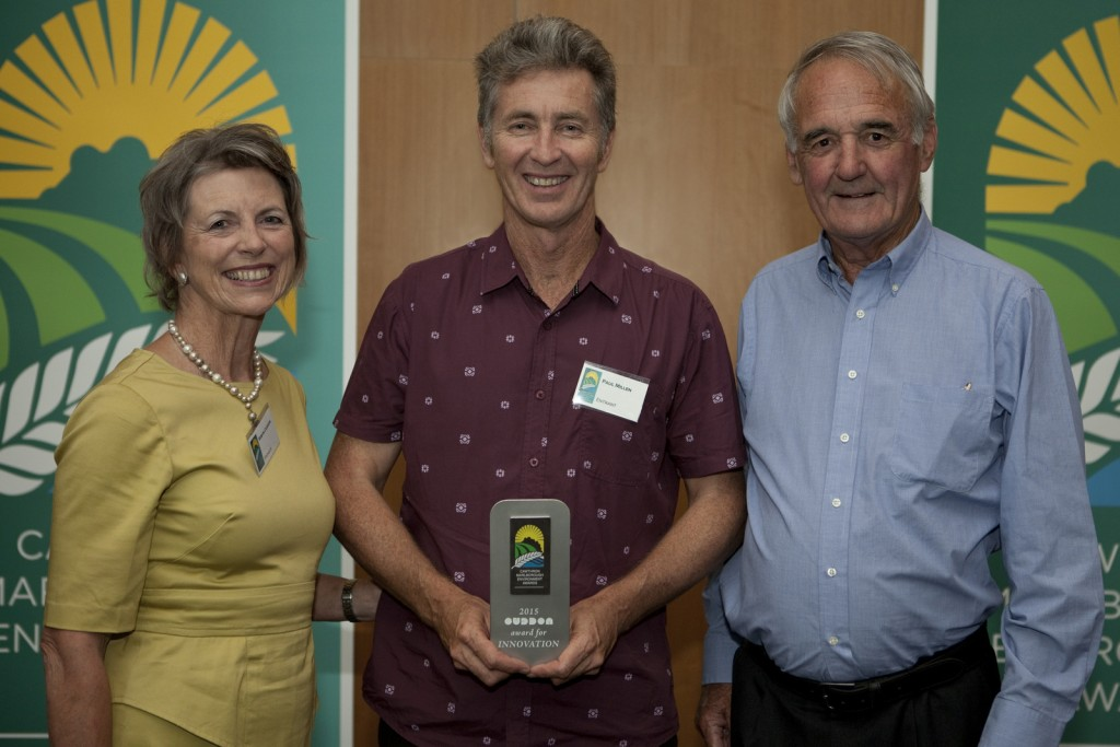 Paul Millen receives the Business Innovation Award from John and Robyn Cuddon, Cuddon Engineering (award sponsors).